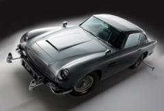 James Bonds Aston Martin DB5 ropas ut
