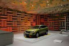 Volvo finslipar motorljud i nytt labb