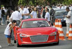 Framtidens bilar sätts på bantingskur