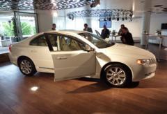 Bröllopsgäster åker specialbyggd Volvo