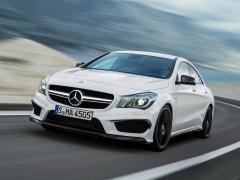 Bildspecial: Första bilderna på Mercedes CLA 45 AMG